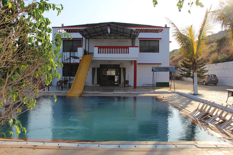 Farmhouse in karjat with swimming pool sks farms - Hotel with private swimming pool in lonavala ...