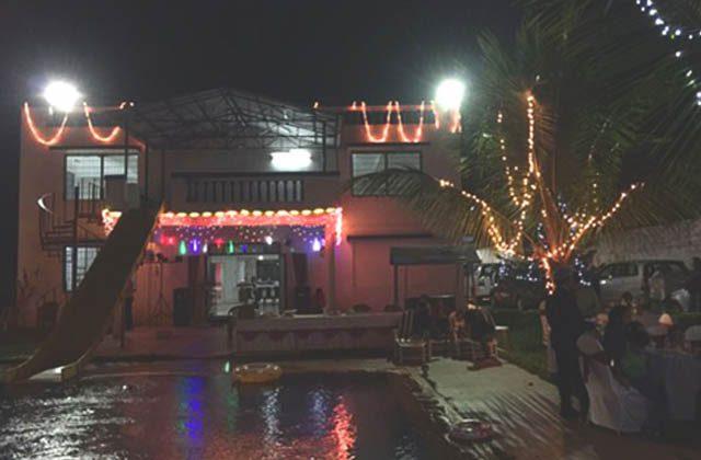 Sks farmhouse in karjat bungalow near mumbai pune on rent - Titwala farmhouse with swimming pool ...