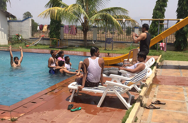 Fun-filled Summer Trip By Corporate Employees at KarjatVilla